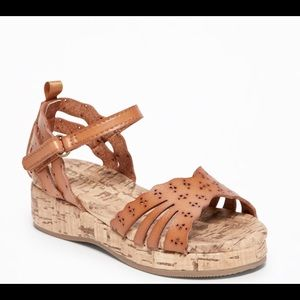 Old Navy toddler girl's perforated faux cork wedge